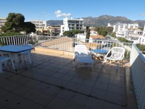 142 - Appartement avec vue spectaculaire sur la mer et la montagne