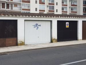 219 - Garatge al centre de Santa Margarida